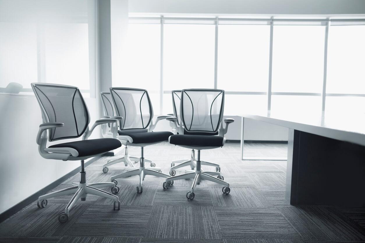 4 dicas para escolher a melhor cadeira ergonômica