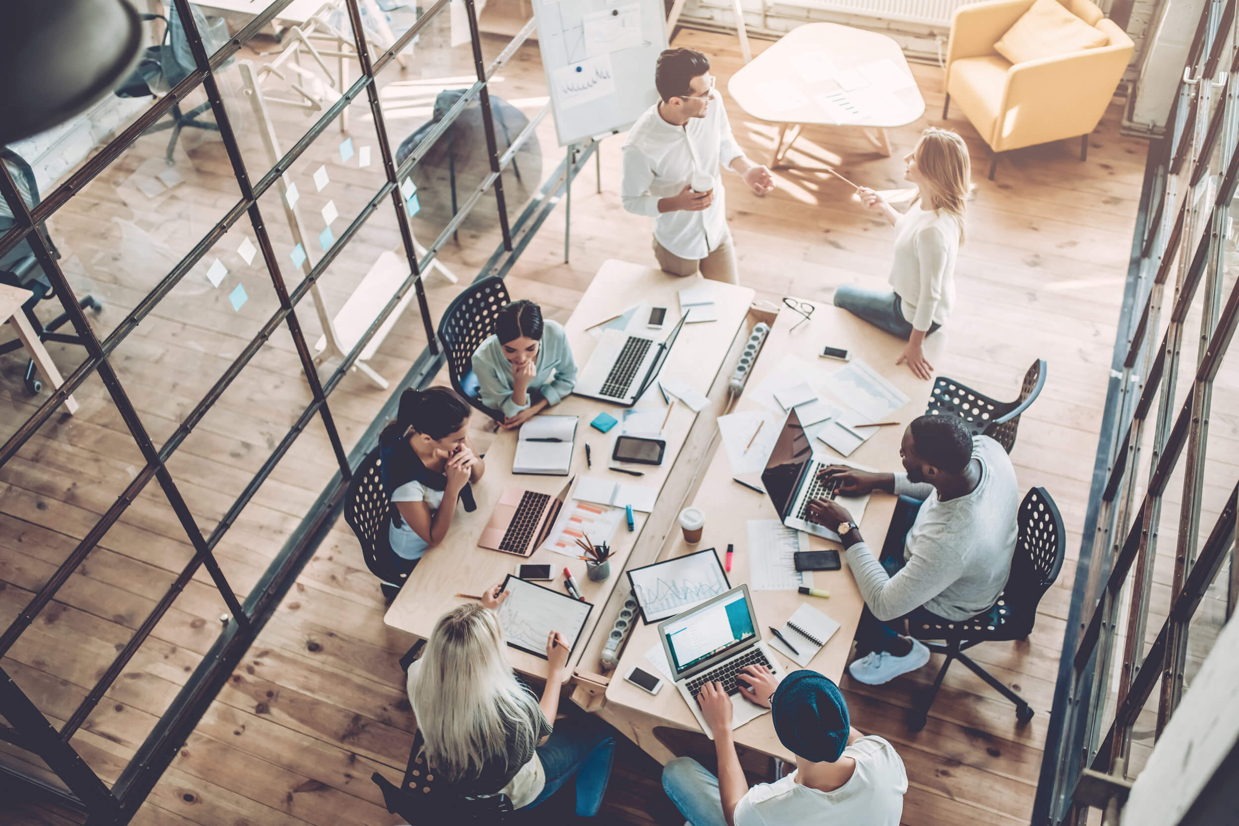 Saiba como montar um ambiente corporativo confortável e produtivo